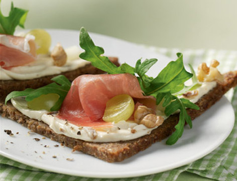 open-face-sandwich-lox.jpg